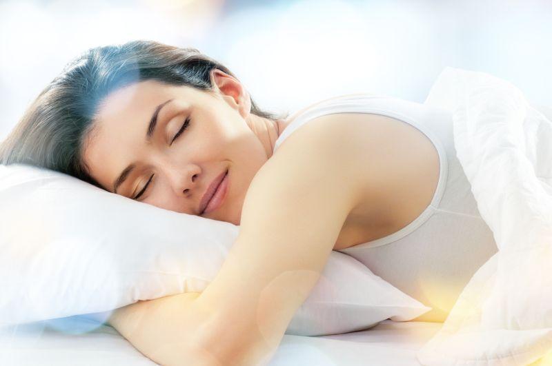 How Meditation, Reiki, and Aromatherapy Improve Sleep